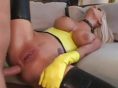 Latex Maid Gives Her Butt For A ...