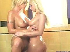 Blonde whores Brittney Skye and ...