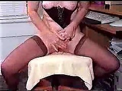 freaky lady on cam tells a story...