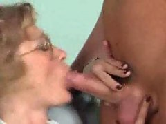 German granny gets fist fuck and...