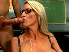 Sexy teacher Emma Starr gets fuc...