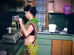 Indian Housewife Tempted Boy Nei...