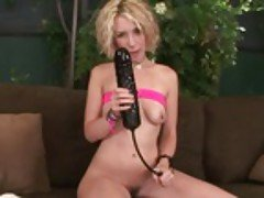 Hot blonde enjoys penetrating he...
