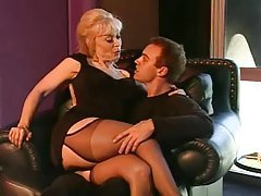 Nina Hartley as a sex teacher (b...