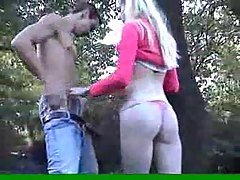 Amateur Sex In A Park
