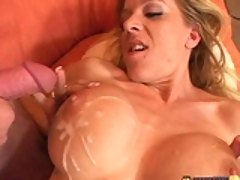 Hot mom Lexi Lamour gets drilled...