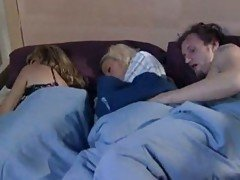 Mom sleeps and boyfriend play wh...